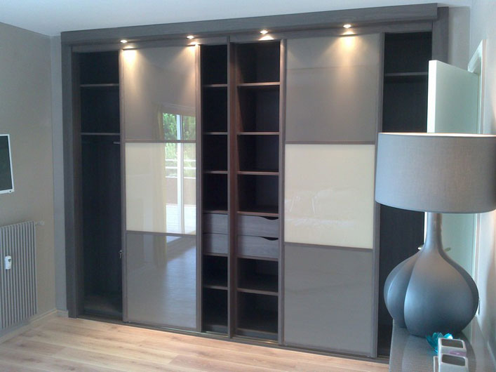 am nagement placard sur mesure en m lamin 28. Black Bedroom Furniture Sets. Home Design Ideas